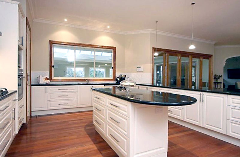 Traditional Kitchens Melbourne | Traditional Kitchen Designers Melbourne | Grandview Kitchens Melbourne
