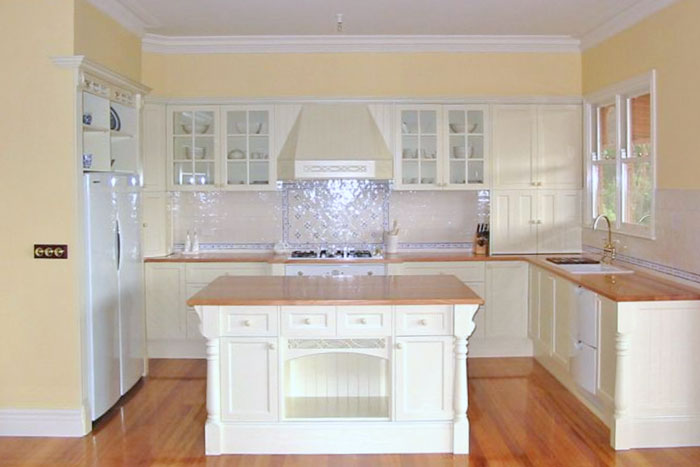 French Provincial | Kitchens Melbourne Grandview Kitchens